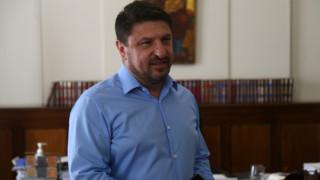 Επεισόδιο με Χαρδαλιά στη Θεσσαλονίκη: Του πέταξαν ποτήρι με νερό σε εστιατόριο