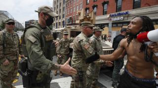 Κορωνοϊός - ΗΠΑ: Κρούσματα μεταξύ εφέδρων της Εθνοφρουράς που κλήθηκαν στις διαδηλώσεις
