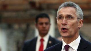 Στόλτενμπεργκ: Να αυξηθούν οι στρατιωτικές δαπάνες για το ΝΑΤΟ παρά την πανδημία