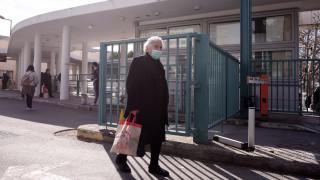 Κορωνοϊός: Γονείς και βρέφος στη Λαμία βρέθηκαν θετικοί στον ιό