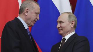 Τηλεφωνική επικοινωνία Πούτιν - Ερντογάν για την κατάσταση στη Λιβύη