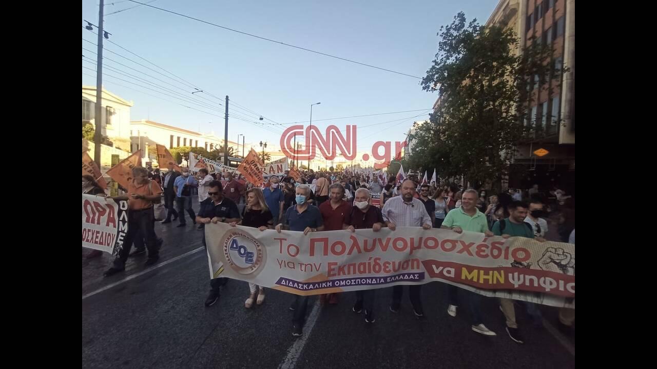 https://cdn.cnngreece.gr/media/news/2020/06/11/222797/photos/snapshot/103965462_542567523087923_5032384700549051643_n.jpg
