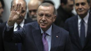 Ετοιμάζει πολιτοφυλακή ο Ερντογάν; Σάλος με νομοσχέδιο για τις «περιπόλους των συνοικιών»