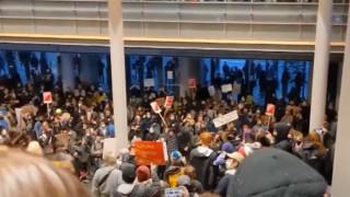 Σιάτλ: Κατάληψη του δημαρχείου από διαδηλωτές που διαμαρτύρονται για τη δολοφονία Φλόιντ