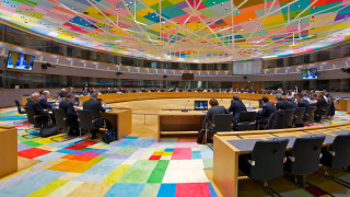 Eurogroup: Εγκρίθηκε η εκταμίευση της δόσης των 748 εκατ. ευρώ στην Ελλάδα