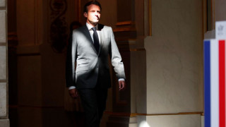 Γαλλία: Φήμες πως παραιτείται ο Μακρόν - Διαψεύδει το Ελιζέ