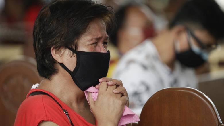 Φιλιππίνες: Πέθανε περιμένοντας μέρες για ένα λεωφορείο που δεν ερχόταν λόγω lockdown