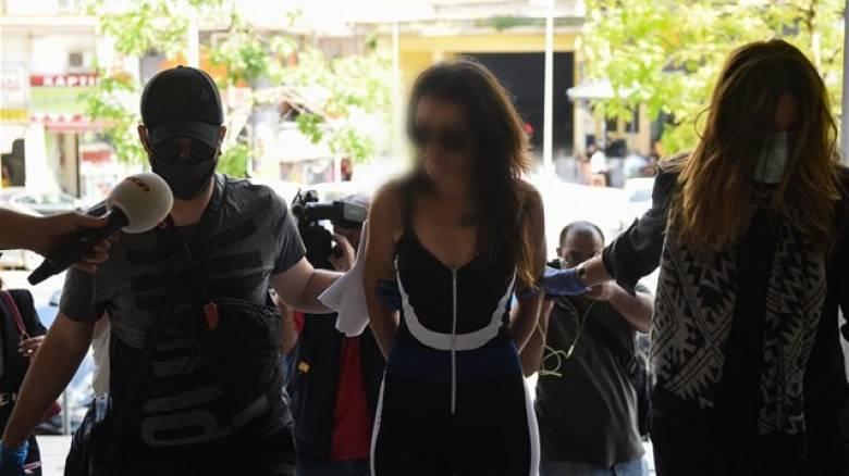 Τον Σεπτέμβρη η δίκη της 44χρονης που έριξε νερό στον Ν. Χαρδαλιά