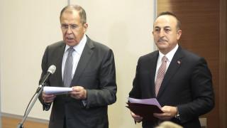 Παγώνουν οι συνομιλίες Ρωσίας - Τουρκίας σε επίπεδο υπουργών για Λιβύη και Συρία