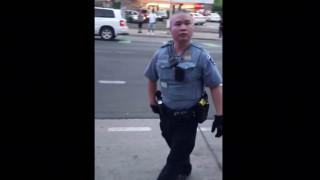 Δολοφονία Τζορτζ Φλόιντ: Νέο σκληρό βίντεο «καίει» και δεύτερο αστυνομικό