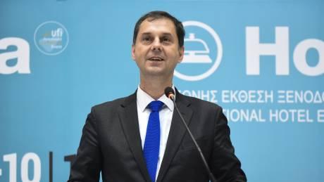 Θεοχάρης: Είναι πολύ θετική η εικόνα από το σημερινό άνοιγμα του ελληνικού τουρισμού