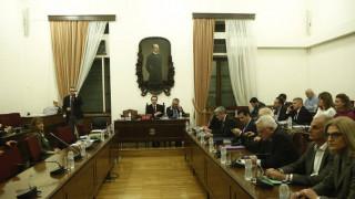 Επιστημονικό Συμβούλιο για Προανακριτική Επιτροπή: Δεν μπορούν να κληθούν ως ύποπτοι μη πολιτικοί