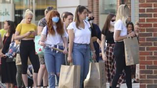 Κορωνοϊός: Οι νέοι κάτω των 20 ετών είναι λιγότερο ευάλωτοι περίπου 50%