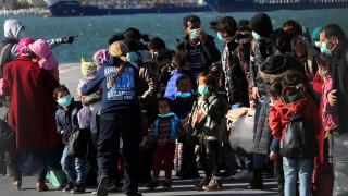 Βάρκα με 27 πρόσφυγες έφτασε στη Μυτιλήνη