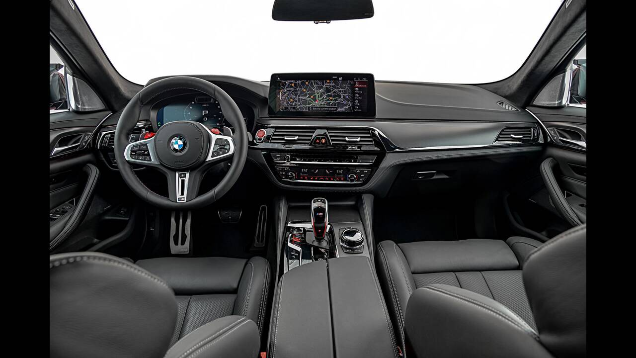 https://cdn.cnngreece.gr/media/news/2020/06/17/223656/photos/snapshot/BMW-M5-2020-18.jpg
