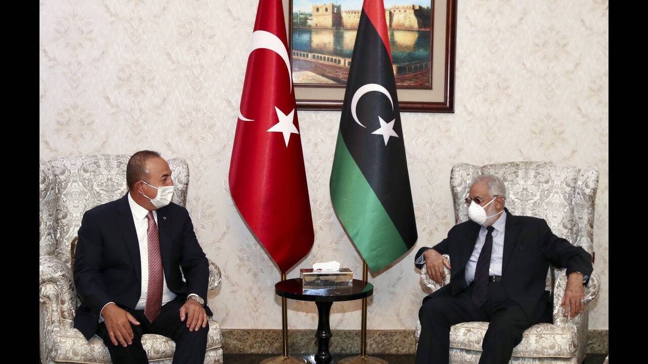 https://cdn.cnngreece.gr/media/news/2020/06/18/223765/photos/snapshot/libya-cavusoglou-5.jpg