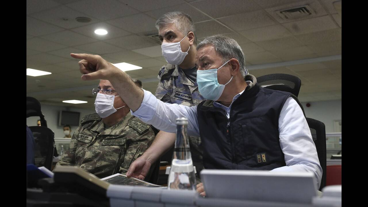 https://cdn.cnngreece.gr/media/news/2020/06/18/223768/photos/snapshot/Iraq-invasion-2.jpg