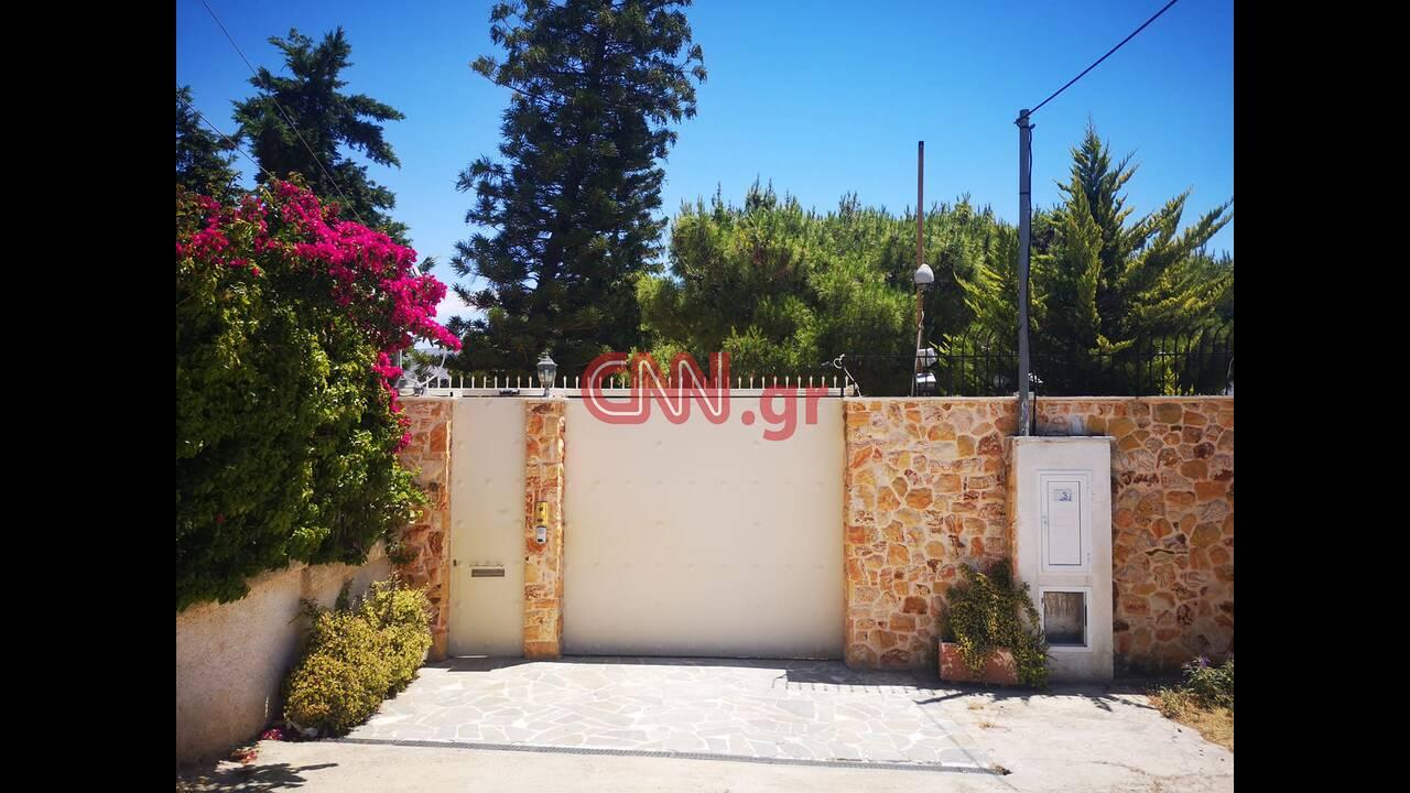 https://cdn.cnngreece.gr/media/news/2020/06/19/223932/photos/snapshot/103602327_273131477077239_4142808494122773637_n.jpg
