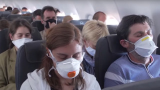 Ρεπορτάζ CNNi:  Η εμπειρία μίας πτήσης στην Ευρώπη του κορωνοϊού