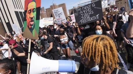 ΗΠΑ: Ογκώδεις διαδηλώσεις για την ημέρα κατάργησης της δουλείας