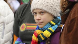 Γκρέτα Τούνμπεργκ: Η κλιματική αλλαγή «το ίδιο επείγουσα» με τον κορωνοϊό