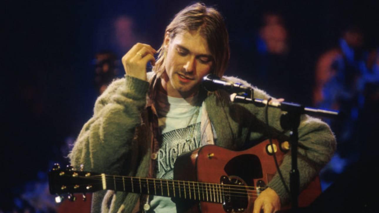 Ρεκόρ σε δημοπρασία: 6 εκατ. δολάρια για την κιθάρα του Κερτ Κομπέιν