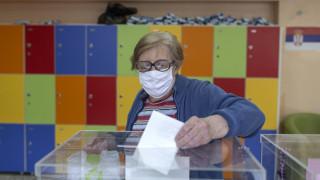 Εκλογές στη Σερβία: Φαβορί ο Βούσιτς και... ο κορωνοϊός