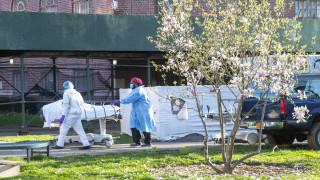 Κορωνοϊός στις ΗΠΑ: Σχεδόν 120.000 οι νεκροί από την πανδημία