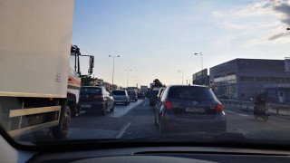 Κίνηση: Χάος στην Αθηνών – Λαμίας λόγω τροχαίου