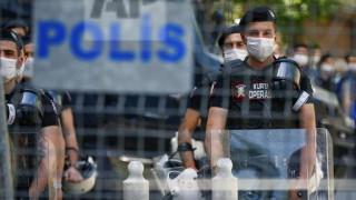 Τουρκία: Η αστυνομία «μπλόκαρε» την πορεία των δικηγόρων στην Άγκυρα