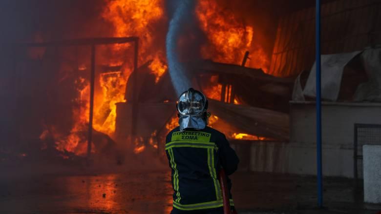 Μεγάλη φωτιά στον ΧΥΤΑ Τεμπλονίου στην Κέρκυρα