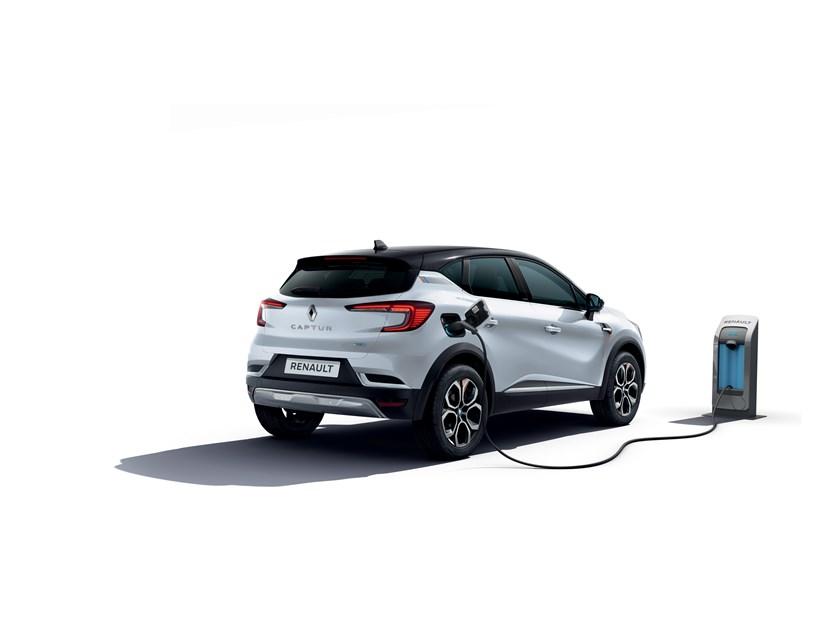 21240242 2020 New Renault CAPTUR E TECH Plug Edition