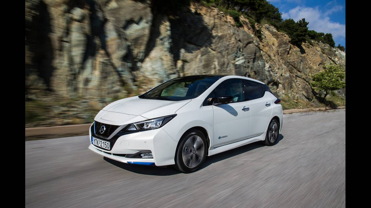 https://cdn.cnngreece.gr/media/news/2020/06/24/224608/photos/snapshot/NISSAN-LEAF-23.JPG
