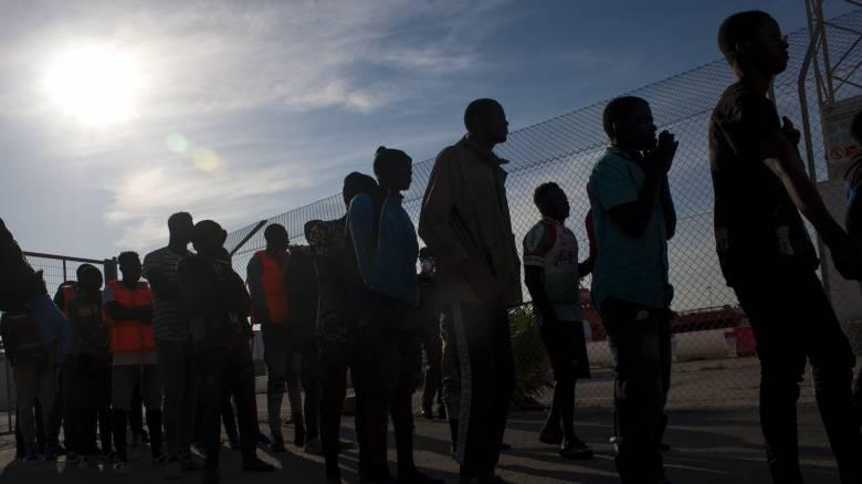 Ιταλία: Θετικοί στον κορωνοϊό μετανάστες που διασώθηκαν από το πλοίο Sea Watch