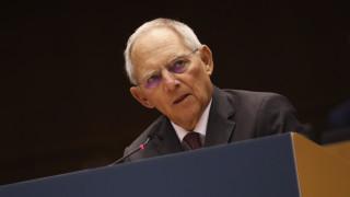 Σόιμπλε για κορωνοϊό: Ελπίζω ότι η Ευρώπη θα δρα πιο ενωμένη πλέον