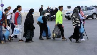 Προσφυγικό: 1.843 πρόσφυγες μετακινήθηκαν από τη Μυτιλήνη προς την ηπειρωτική χώρα