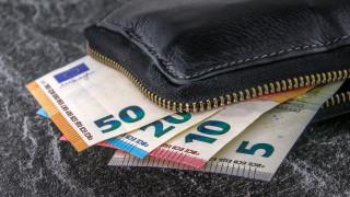 Στα 119,2 δισ. ευρώ ανήλθαν οι καταθέσεις των νοικοκυριών το Μάιο