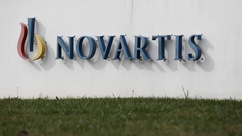 Novartis: Ο εξωδικαστικός συμβιβασμός στις ΗΠΑ προκαλεί «θύελλα» στην Ελλάδα