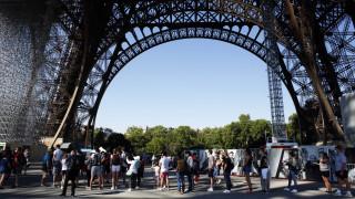 Παρίσι: Ανοιχτός και πάλι για το κοινό ο Πύργος του Άιφελ