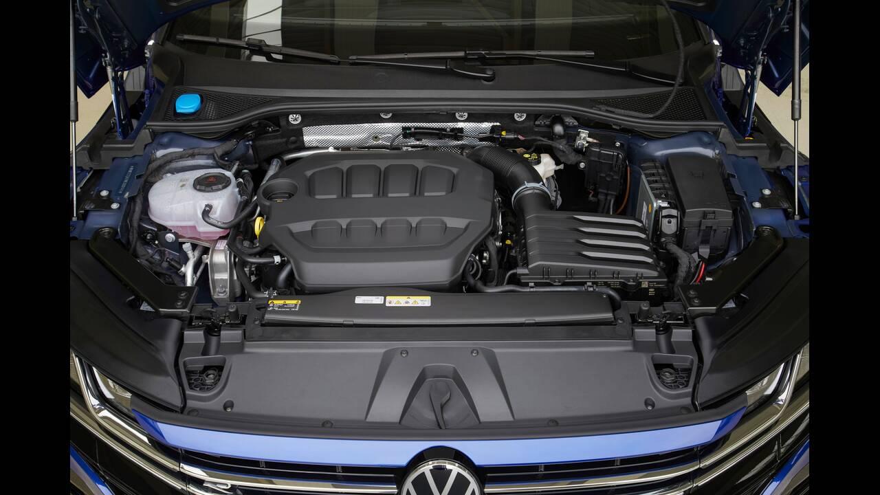 https://cdn.cnngreece.gr/media/news/2020/06/27/224994/photos/snapshot/VW-ARTEON-2020-12.jpg