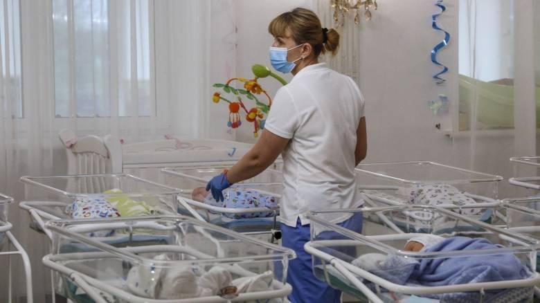 Κορωνοϊός: 36χρονη ασθενής τέθηκε σε τεχνητό κώμα για να γεννήσει