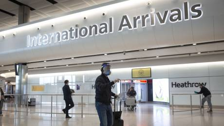 Κορωνοϊός - Βρετανία: Εντός ημερών η ανακοίνωση των χωρών για τις «αερογέφυρες»