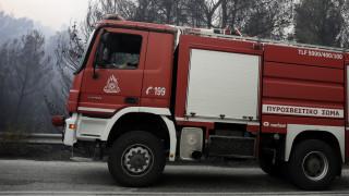 Πάτρα: Δύο τραυματίες από ανατροπή πυροσβεστικού οχήματος
