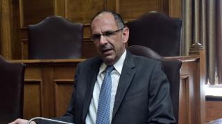 Γεραπετρίτης: Ακόμη και το μηδενισμό της προκαταβολής φόρου μελετά η κυβέρνηση