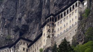 Αποκάλυψη Nordic Monitor: Οι τουρκικές μυστικές υπηρεσίες παρακολουθούσαν Έλληνες προσκυνητές