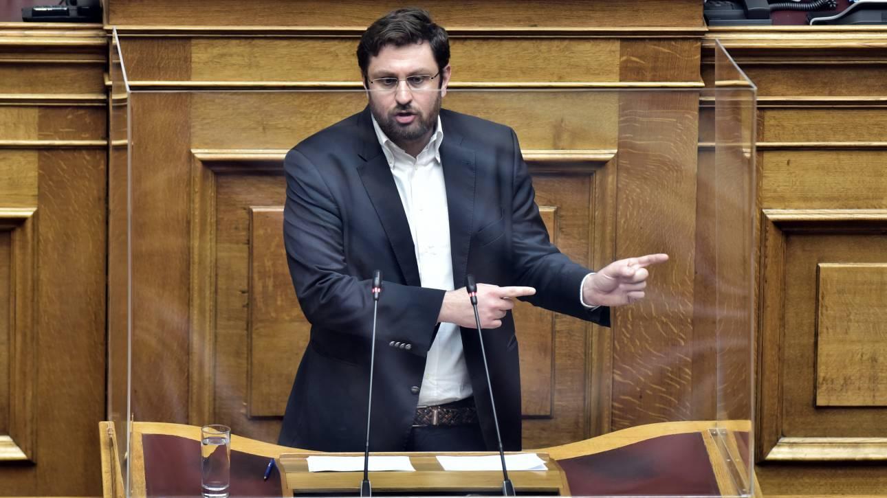 Ζαχαριάδης στο CNN Greece: Ερασιτεχνισμός και αφέλεια της κυβέρνησής μας στη Novartis