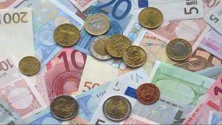 Νέα «φέσια» 2,2 δισ. ευρώ προς το Δημόσιο στο τρίμηνο