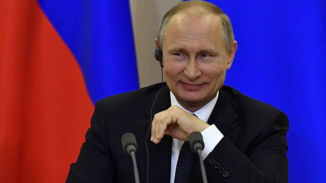 Κάλεσμα Πούτιν στους Ρώσους να ψηφίσουν τις τροπολογίες που τους δίνουν υπερεξουσίες