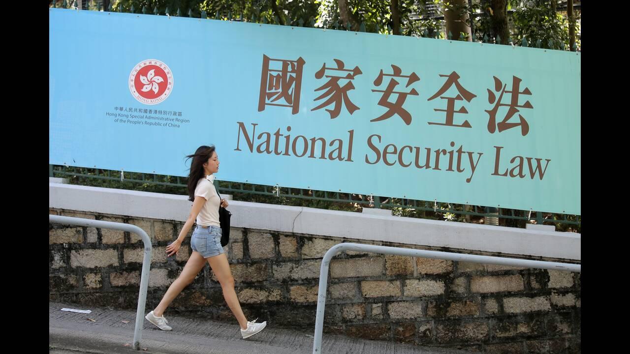 https://cdn.cnngreece.gr/media/news/2020/07/01/225491/photos/snapshot/china_hong-kong-7.jpg
