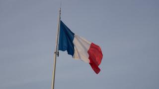 Τούρκος πρέσβης: Η Γαλλία κάνει τα στραβά μάτια σε παραβιάσεις του εμπάργκο όπλων στη Λιβύη